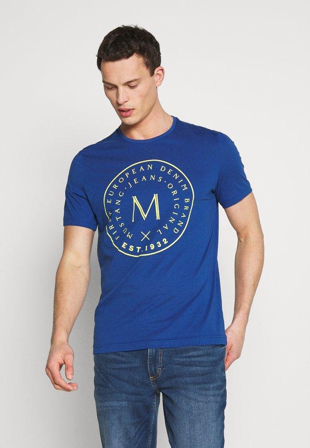 ALEX - T-shirt med print - limoges