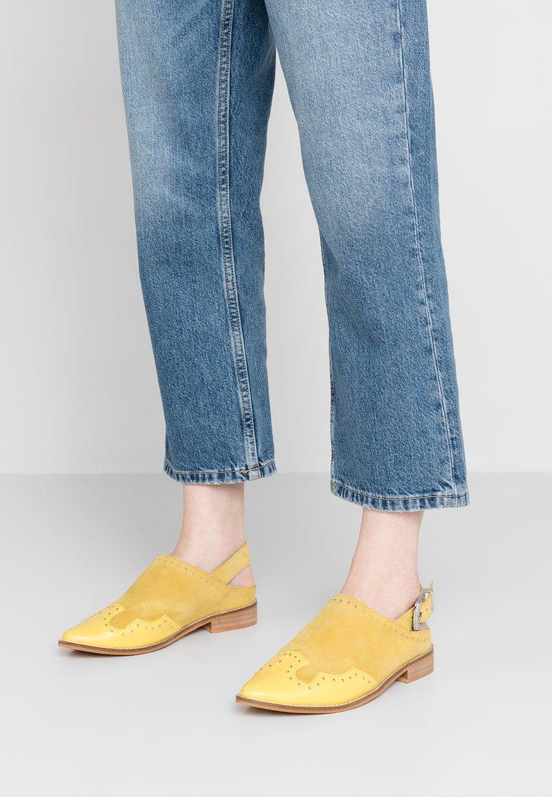Musse & Cloud - LEONA - Sandały - yellow
