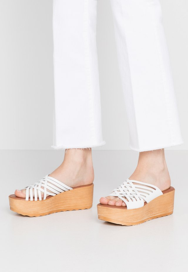 MAILY - Clogs - white