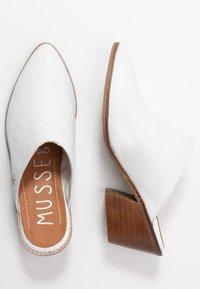 Musse & Cloud - HELEN - Pantofle na podpatku - white - 3