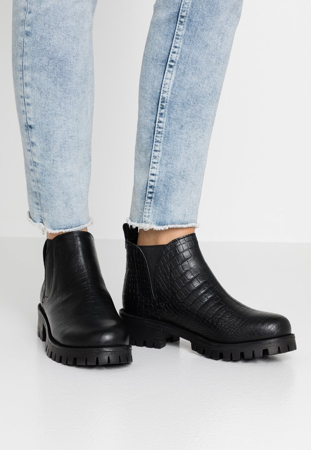 KASA - Ankle Boot - bob