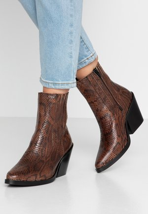 BRUKS - Cowboy/biker ankle boot - brown