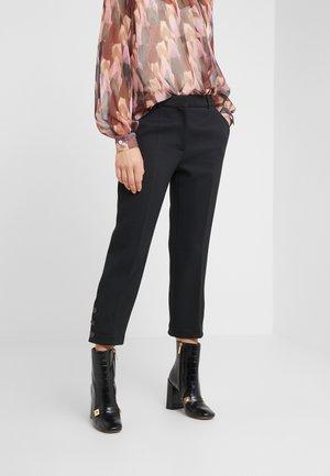ELIZABETH - Pantalones - black