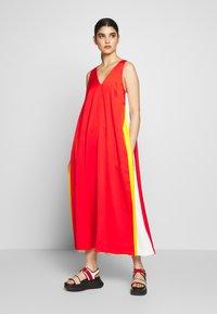 Mulberry - NADIA DRESS - Maxi šaty - bride red - 0