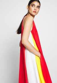 Mulberry - NADIA DRESS - Maxi šaty - bride red - 3