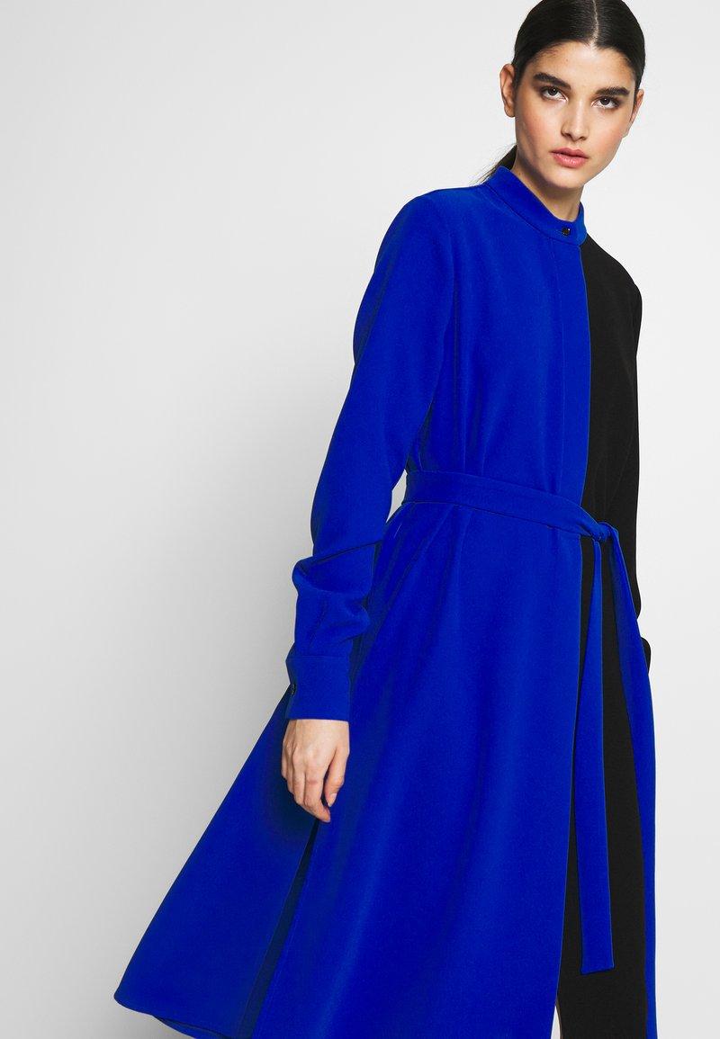 Mulberry - MAGGIE DRESS - Denní šaty - medium blue
