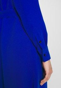 Mulberry - MAGGIE DRESS - Denní šaty - medium blue - 4