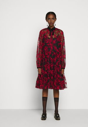 NELLIE DRESS - Sukienka koktajlowa - bright red