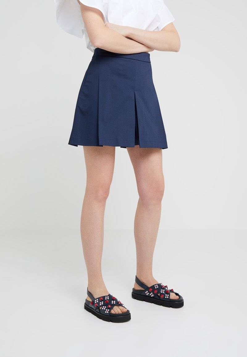 Mulberry - LAURIE TROUSERS - Shorts - dark blue