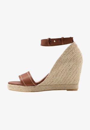 RAGGIO - Korolliset sandaalit - taback