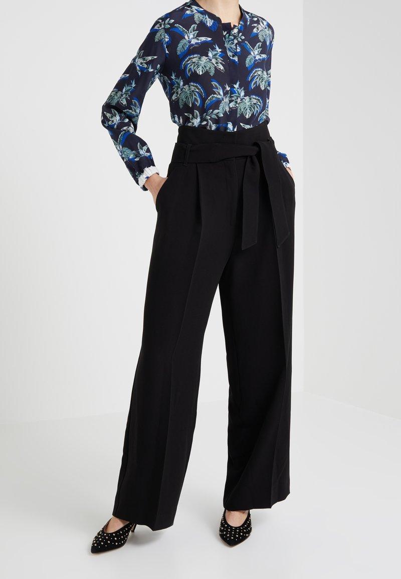 WEEKEND MaxMara - VOTO - Trousers - schwarz