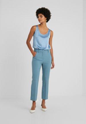 ALCIDE - Kalhoty - azurblau
