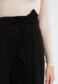 WEEKEND MaxMara - FIANDRA - Trousers - schwarz - 4