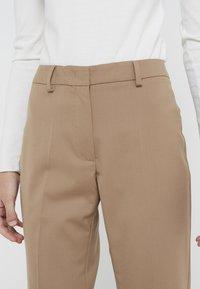 WEEKEND MaxMara - DEMETRA - Spodnie materiałowe - kamel - 4