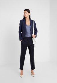 WEEKEND MaxMara - NARVIK - Pantalon classique - blau - 1