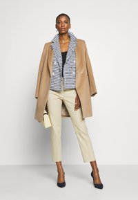 WEEKEND MaxMara - LEGENDA - Trousers - sand - 1