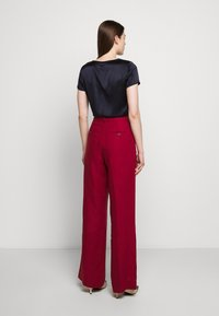 WEEKEND MaxMara - RAGUSA - Spodnie materiałowe - bordeaux - 2