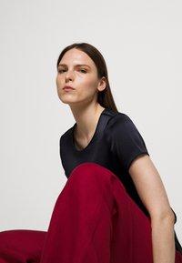 WEEKEND MaxMara - RAGUSA - Spodnie materiałowe - bordeaux - 3