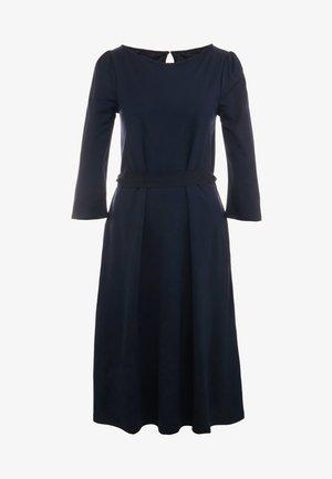 PARMA - Sukienka z dżerseju - ultramarine