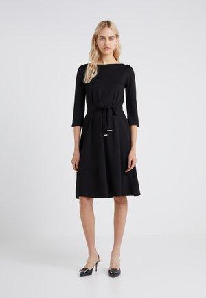 PARMA - Sukienka z dżerseju - schwarz