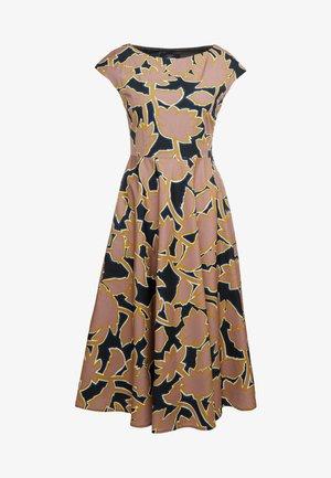 SALOON - Robe d'été - rosa