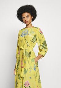 WEEKEND MaxMara - MEDUSA - Day dress - gelb - 3