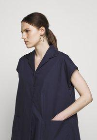 WEEKEND MaxMara - LINFA - Shirt dress - nachtblau - 3