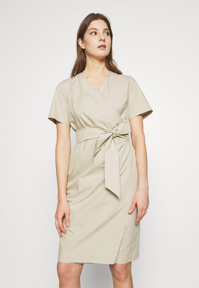 FELINO - Korte jurk - beige