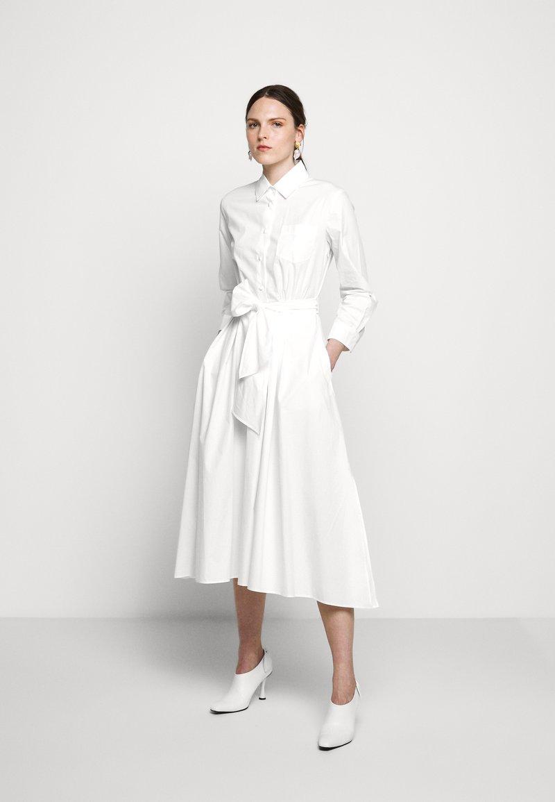 WEEKEND MaxMara - JUMS - Shirt dress - weiss