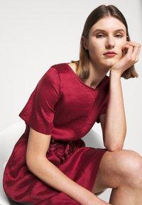 WEEKEND MaxMara - HAWAY - Day dress - bordeaux - 3