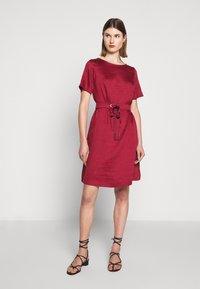 WEEKEND MaxMara - HAWAY - Day dress - bordeaux - 1