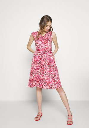 THOMAS - Jersey dress - shocking pink