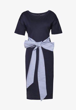 BORNEO - Žerzejové šaty - ultramarine