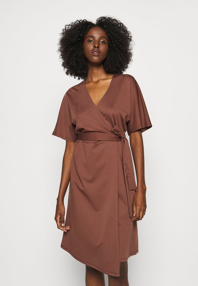 ORBACE - Korte jurk - bronze