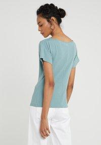 WEEKEND MaxMara - MULTID - Print T-shirt - wasser - 2