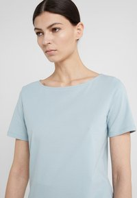 WEEKEND MaxMara - MULTIE - T-shirt basic - himmelblau - 4