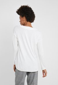 WEEKEND MaxMara - Bluzka z długim rękawem - white - 2