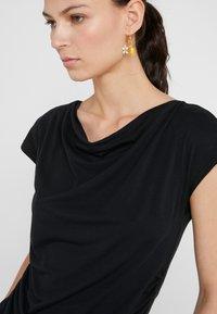 WEEKEND MaxMara - MULTIF - Camiseta estampada - nero - 3