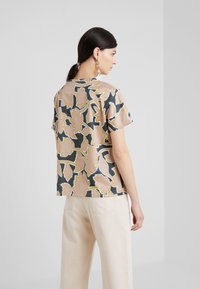 WEEKEND MaxMara - KASTEL - Print T-shirt - rosa - 2
