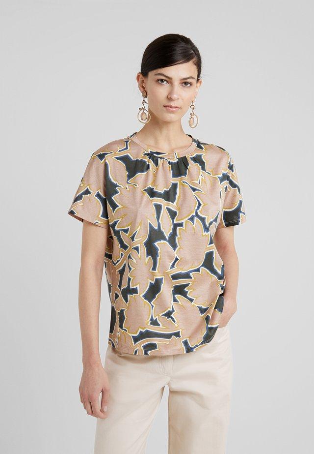 KASTEL - T-shirt med print - rosa