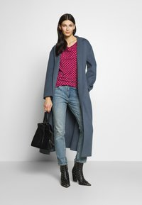 WEEKEND MaxMara - TIRSI - Bluzka z długim rękawem - shocking pink - 1