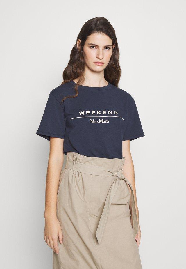 KABUKI - Print T-shirt - ultramarine