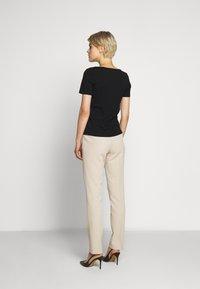 WEEKEND MaxMara - MULTIC - T-Shirt basic - schwarz - 2