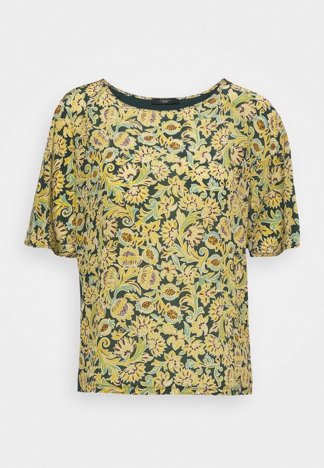 SOLEDAD - T-shirt z nadrukiem - green