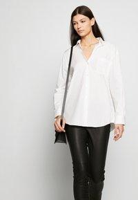 WEEKEND MaxMara - FERRARA - Camisa - white - 3