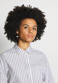 WEEKEND MaxMara - GONG - Button-down blouse - ultramarine - 4