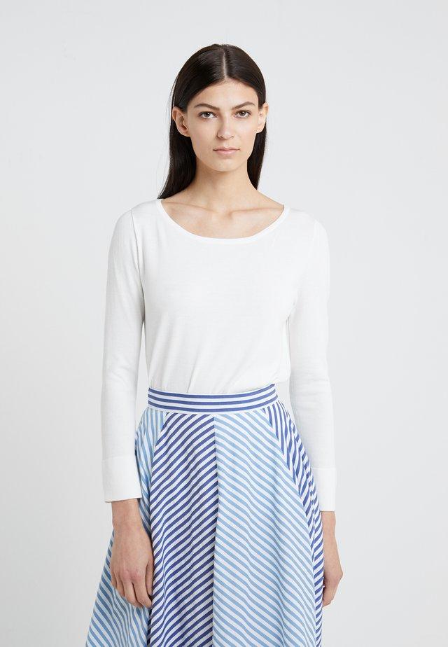 ROBINIA - Stickad tröja - weiß