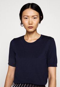 WEEKEND MaxMara - CARDATO - T-shirt basic - blau - 5