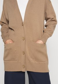 WEEKEND MaxMara - RENZA - Cardigan - camel - 5