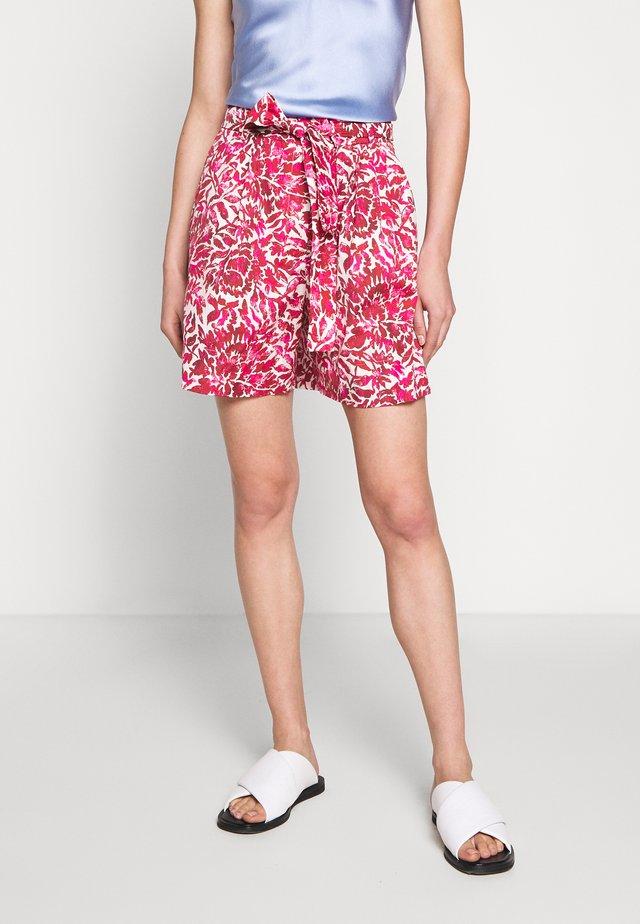 PARANA - Shorts - shocking pink